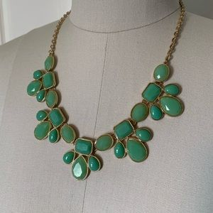 Charming Charlie | Statement Necklace | Green